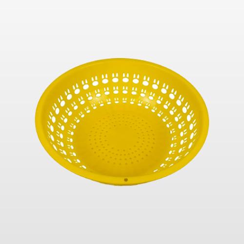 banos-plastikito-colador-conejito-amarillo-01