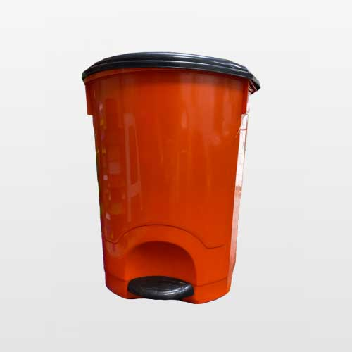 basurero-salvaplastic-con-tapa-y-pedal-de-35-litros